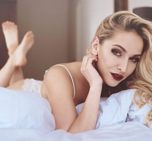 Michaela K. 2 Daniela Models Group