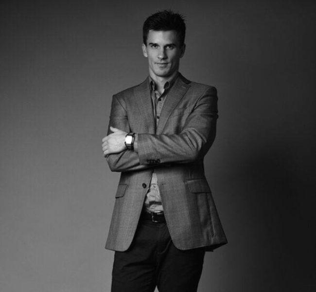 Robert T. Daniela Models Group