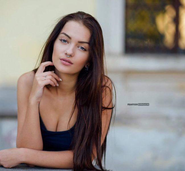 Veronika O. 1 Daniela Models Group