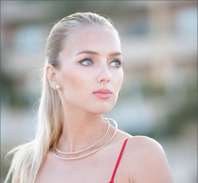 Pavlína R. 1 Daniela Models Group