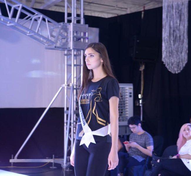 Nina B. 1 Daniela Models Group