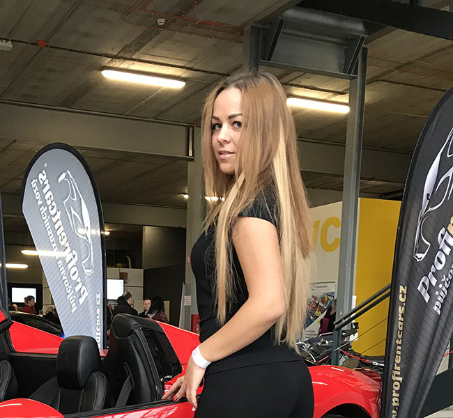 Valeria O. Daniela Models Group