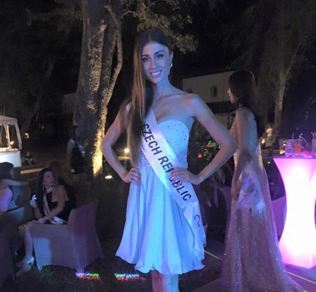Natálie M. 1 Daniela Models Group