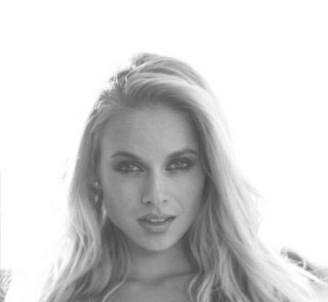 Veronika R. Daniela Models Group