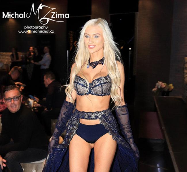 Veronika H. Daniela Models Group