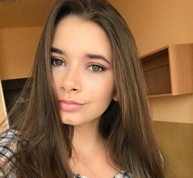 Natálie V. Daniela Models Group